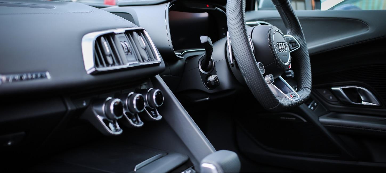 Audi dashboard & steering wheel